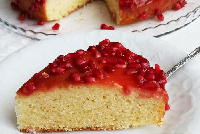 Forget the Cakes You Know: Cake Recipe With Pomegranate Sauce