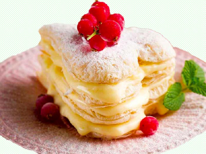 Puff-Pastry-Heart-Cake